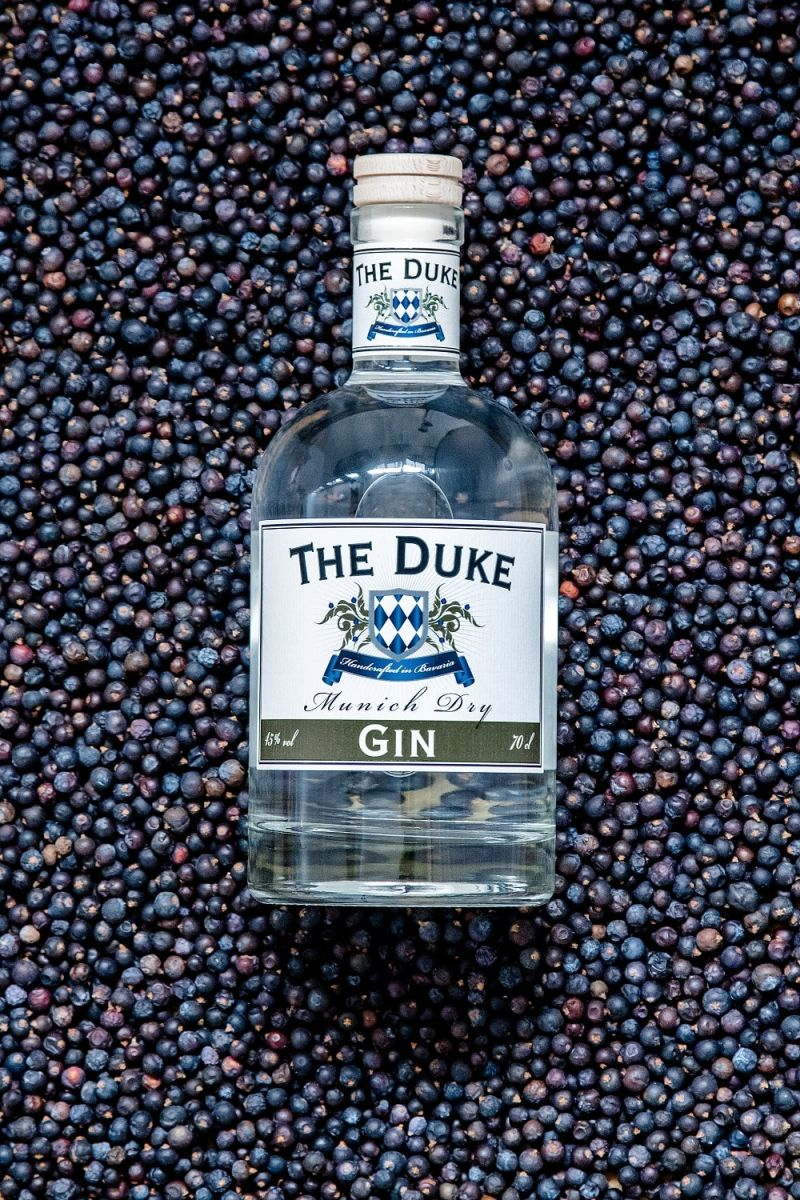 THE DUKE Gin in Wacholderbeeren