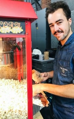 THE DUKE Stand BCB Popcorn