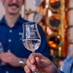 Destillerie Führungen bei THE DUKE