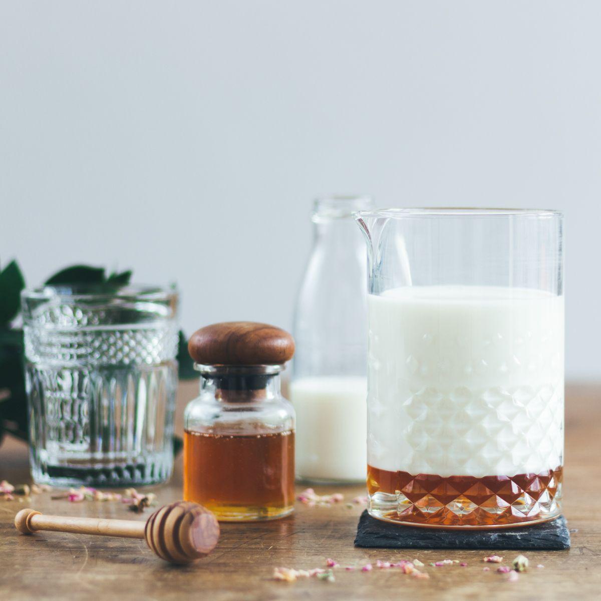 """Gin Cocktail """"Milk & Honey"""""""