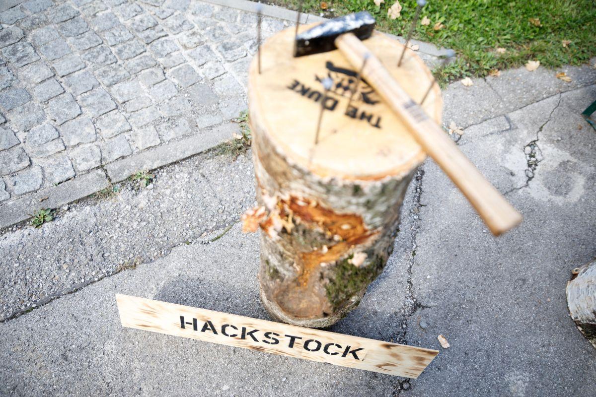 THE DUKE Hackstock