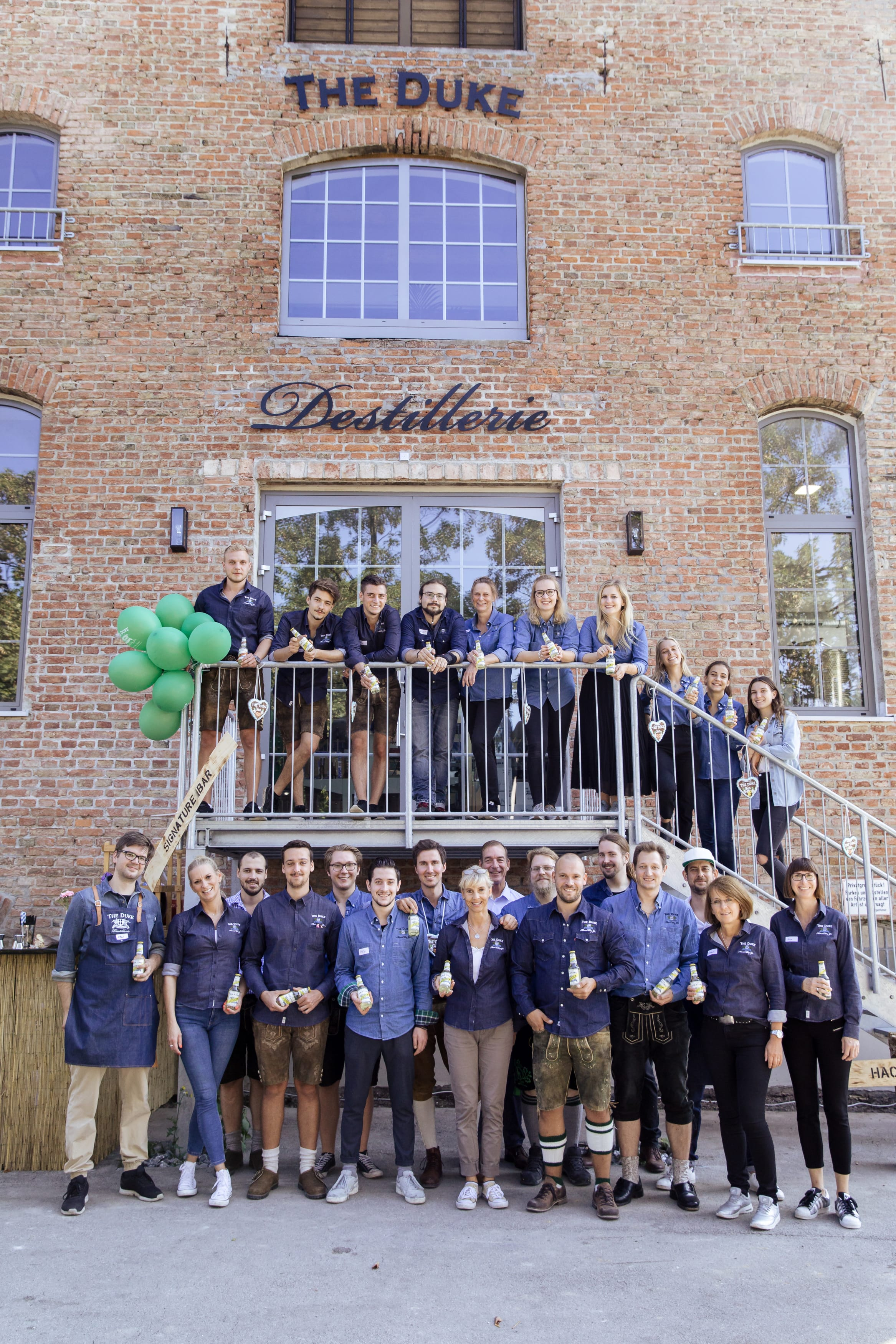 Das Team der THE DUKE Destillerie sagt Danke für die großartige Unterstützung an unserem Tag der offenen Tür!