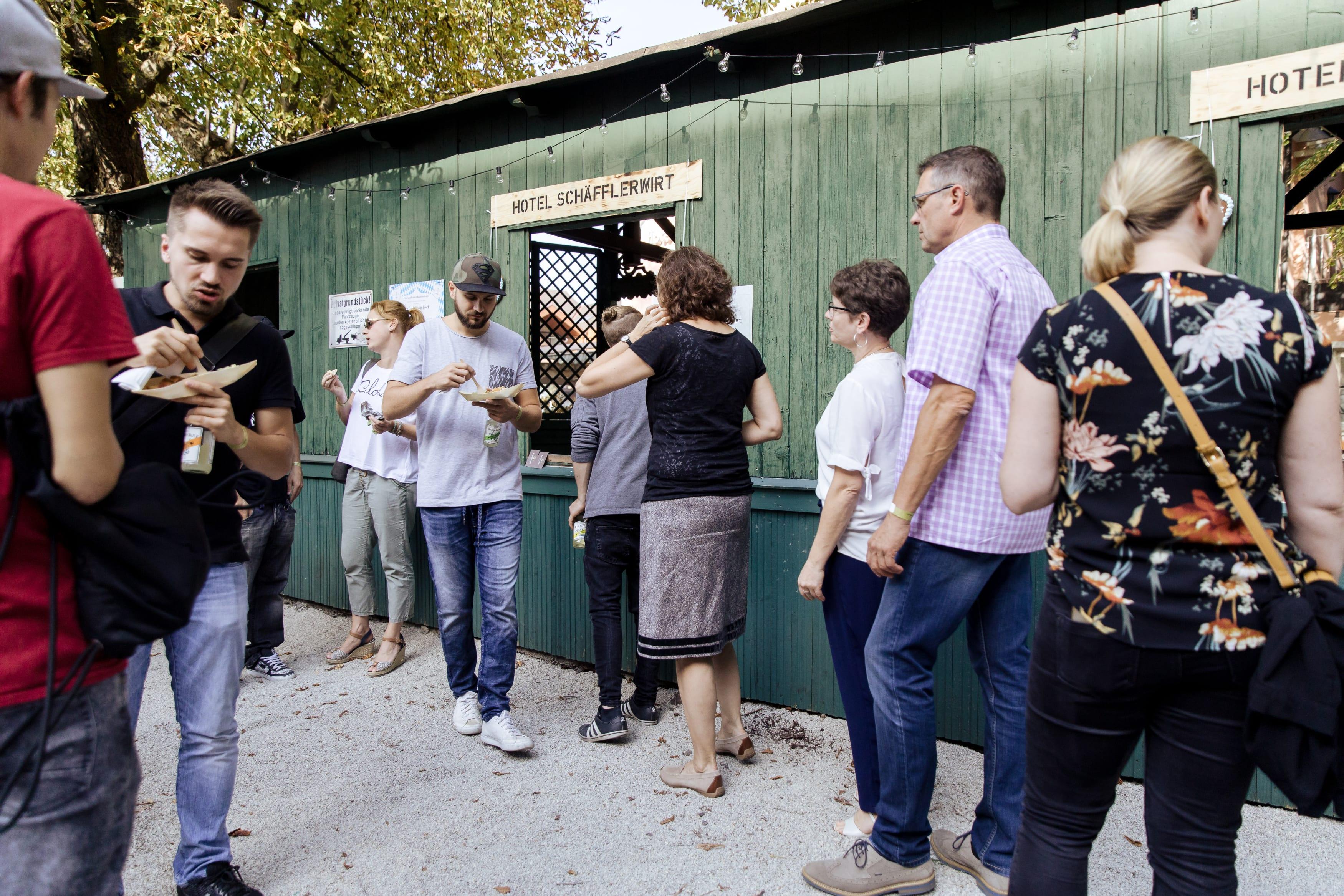 Hotel Schäfflerwirt sorgte am Tag der offenen Tür bei THE DUKE für die Verpflegung