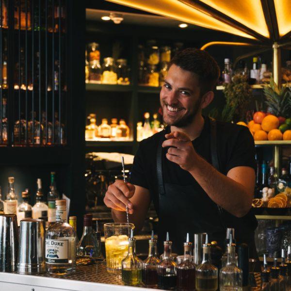 THE DUKE Gin Barkeeper Porträt Dietmar Petri Falco Torini Orybar