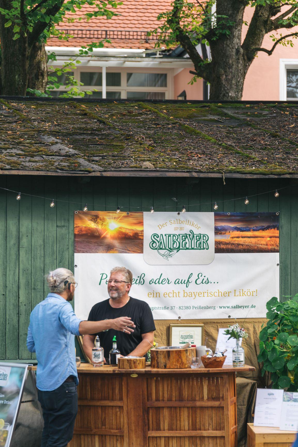 Salbeyer Bar auf dem Destilleriefest