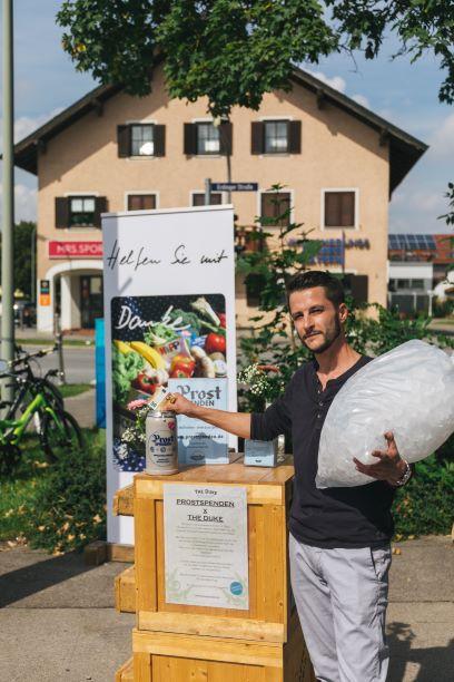 Das Tremml Ice Team spendet 50 Euro für Prostspenden
