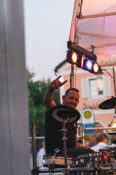 Live Musik auf dem THE DUKE Destilleriefest mit Big Pack Rock - Schlagzeug