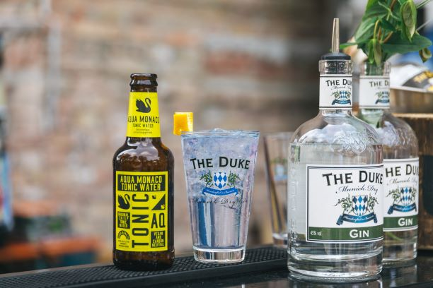 THE DUKE Munich Dry Gin mit Aqua Monaco Tonic