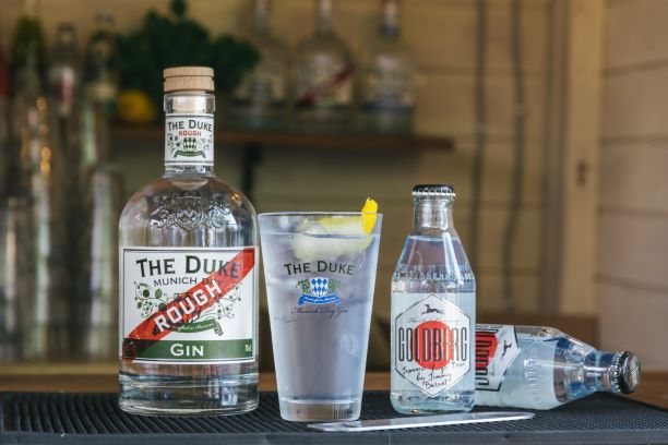 THE DUKE Rough Gin mit Goldberg Yuzu Tonic