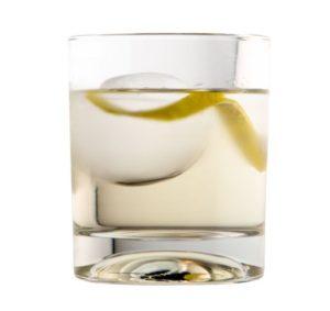 CBD Cocktail mit LION's Vodka