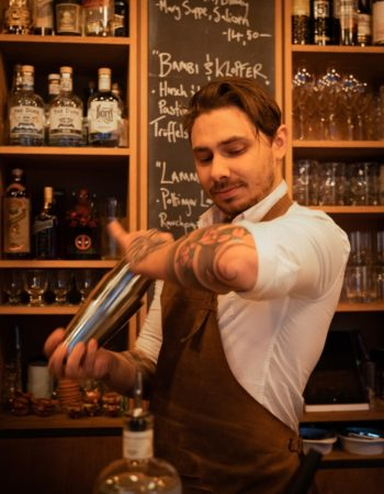 THE DUKE Barkeeper Porträt Signature Drink von André Kohler