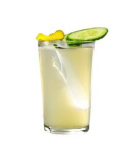 Drink mit Lion's Vodka vom Barkeeper Porträt Ménage Bar