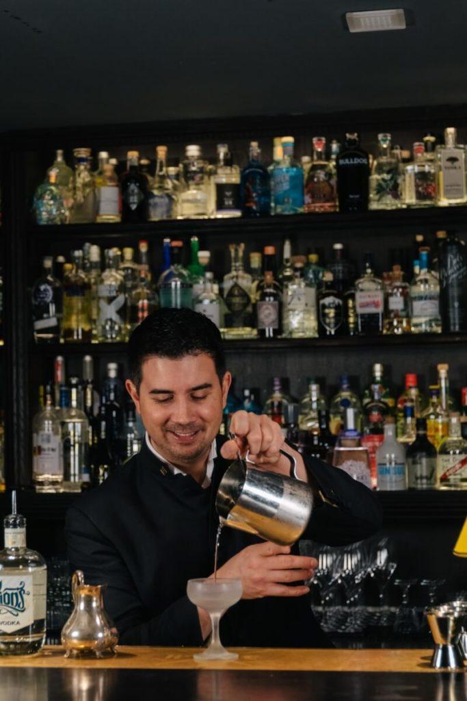 Eric Bergmann vom Jigger & Spoon mit LION's Vodka
