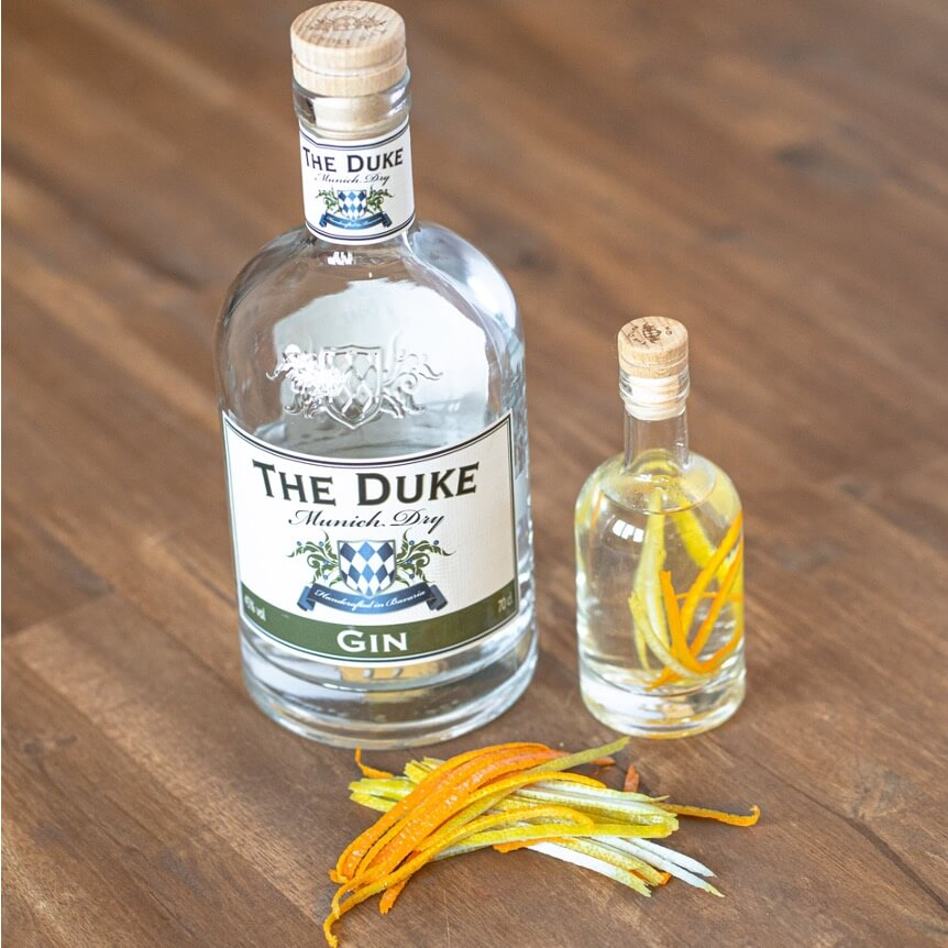 THE DUKE Munich Dry Gin infused mit Orangen- und Zitronenzeste