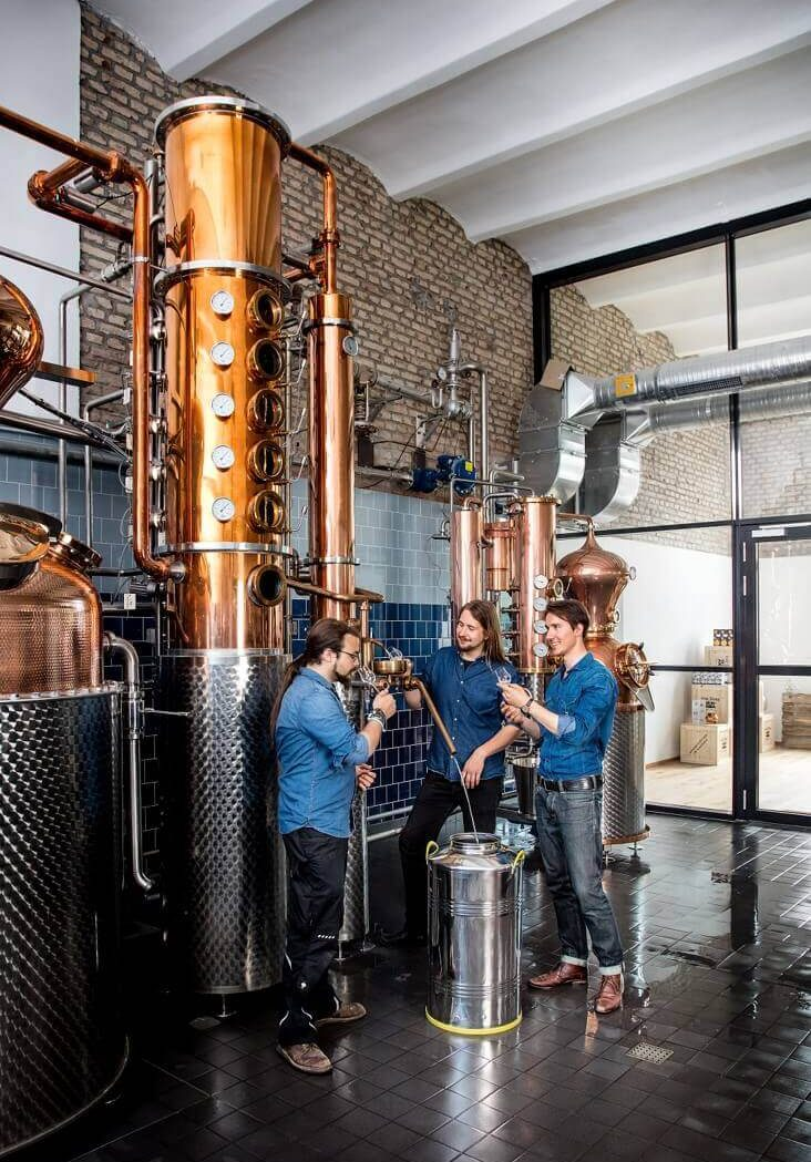 Gin Verkostung in der THE DUKE Destillerie