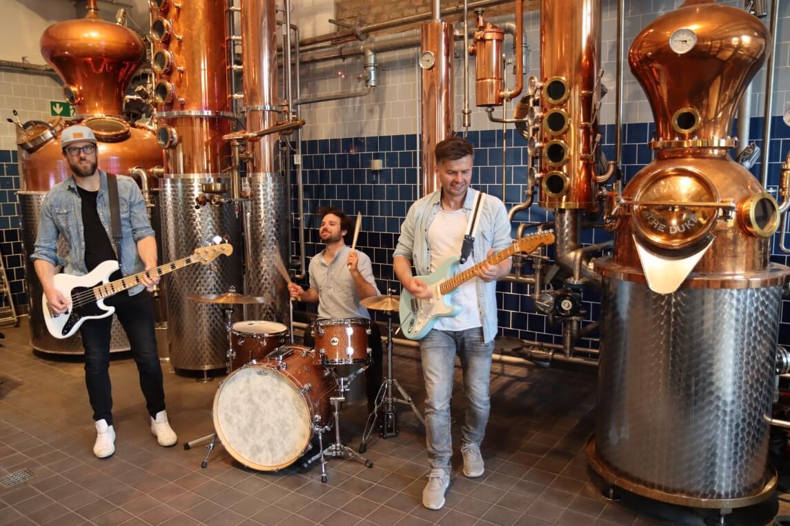 Die Band Whale City in der THE DUKE Destillerie