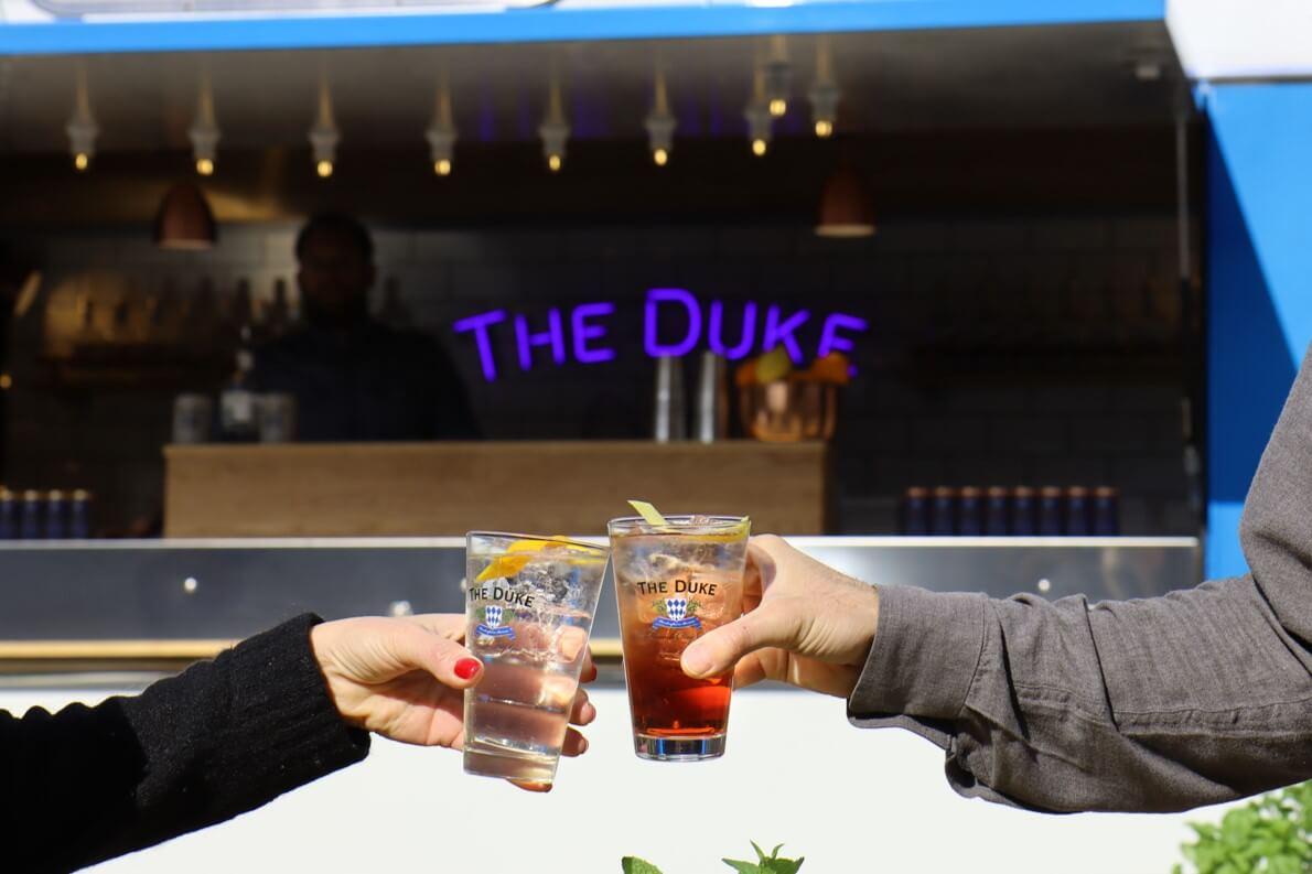 Frische Cocktails an der mobilen Bar von The Duke
