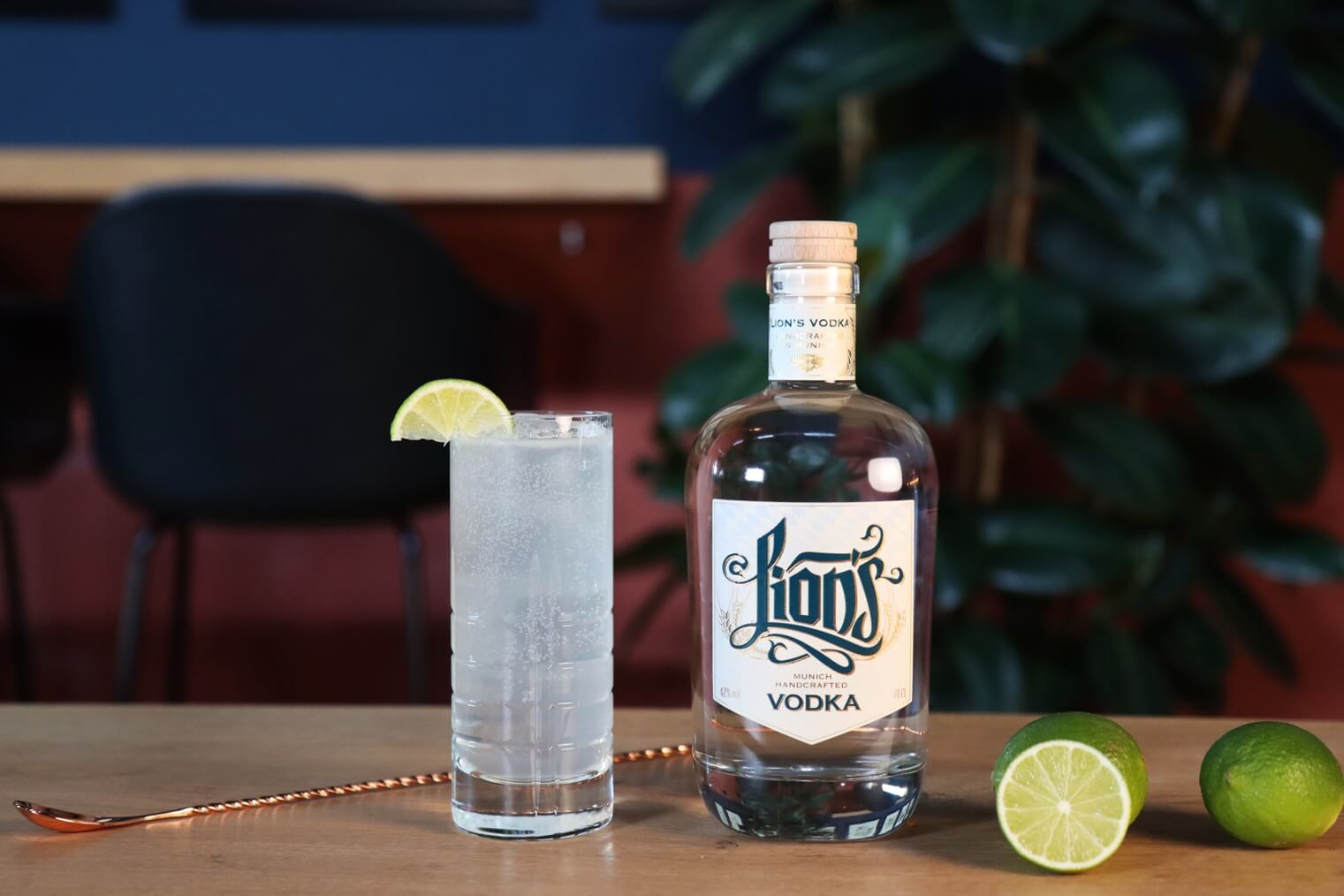 Vodka Soda Klassiker in der THE DUKE Destillerie